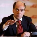 Медведев может нагородить заборов непродуманной национальной политикой